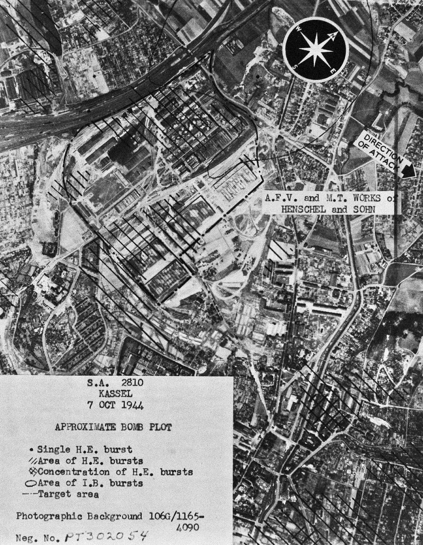 Luftfoo nach dem Bombenabwurf 7. Okt.1944