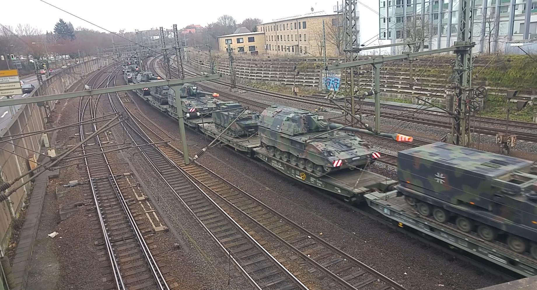Panzertransport Schiene